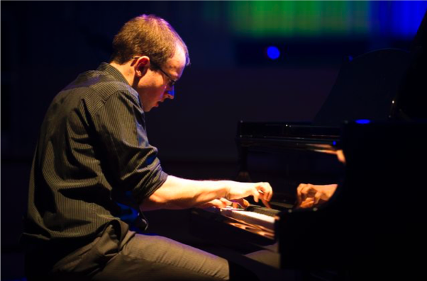 F. S. Kelly – A Virtuoso at the Oars and the Piano
