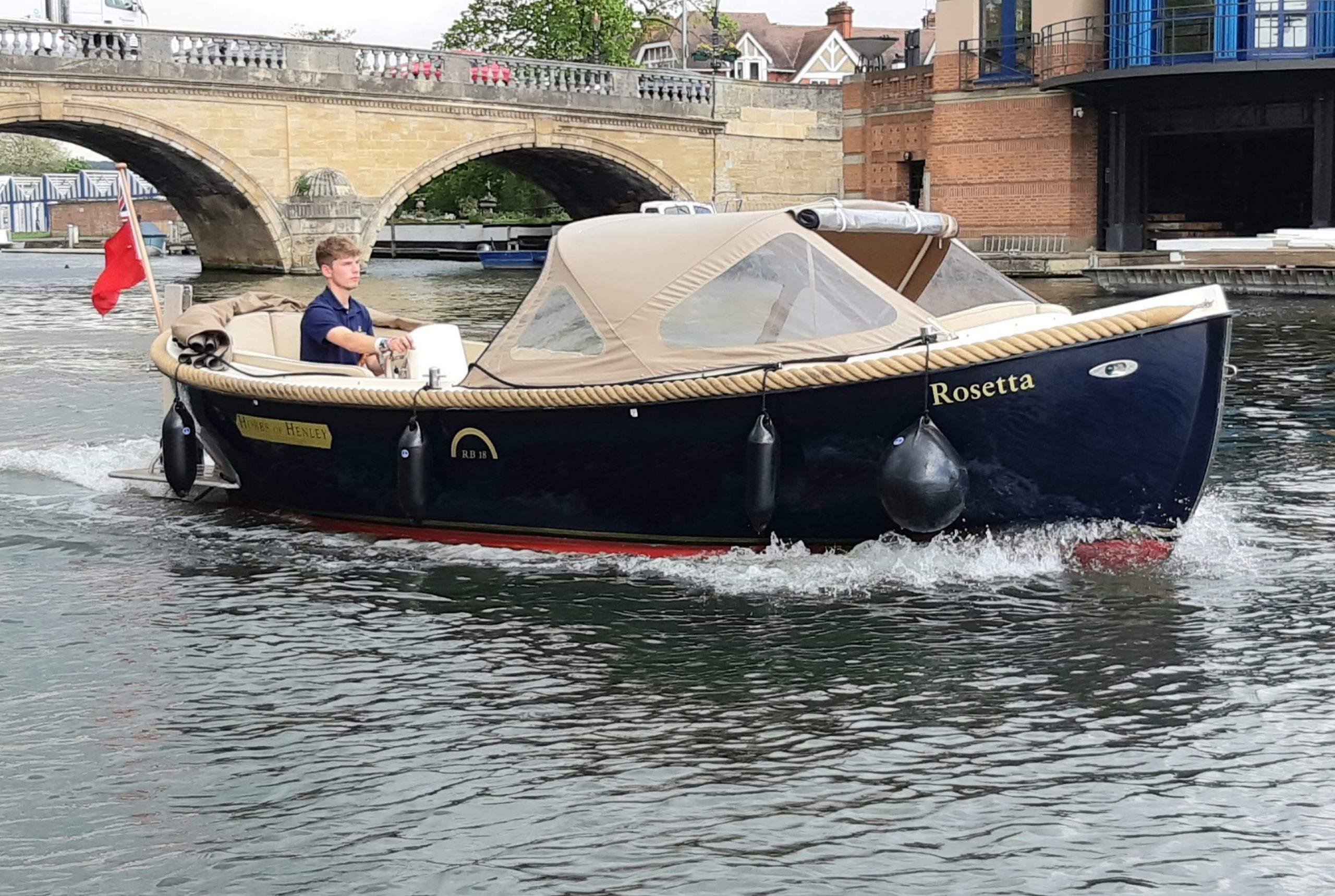Leander boat trips
